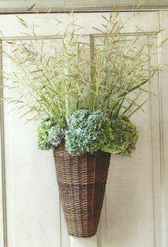 door basket / real grass / hydrangeas?