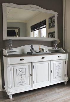 Ziezo (re)Style - Mooi landelijk dressoir met grote spiegel VERKOCHT