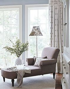 Chaise lounge. Hmmm may like this in the upstairs landing