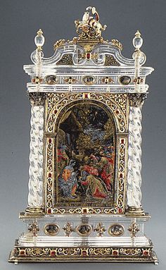 Adoration of the Magi, Venice, c.16th century. Rock crystal, silver gilt, verre eglomise, enamel, rubies.  #crystal #quartz #mineral