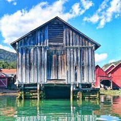 6879 Solvorn, Luster Sogn og Fjordane. Solvorn, Norway