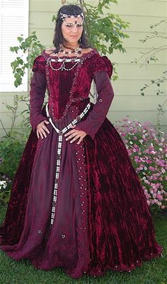 Full Tudor or Medieval Style Set with Belt