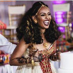 100 Amazing Modern & Traditional Dress (Habesha Kemis/Kemise) of Ethiopia in 2019 — allaboutETHIO Ethiopian Traditional Dress, Traditional Hairstyle, African Traditional Dresses, Traditional Outfits, Modern Traditional, Ethiopian Hair, Ethiopian Beauty, Ethiopian Dress, Habesha Kemis