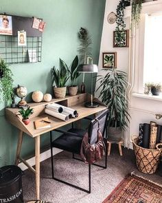 Kave Home is a design chairs, tables, furniture and decoration store Home Office Space, Home Office Design, Home Office Decor, House Design, Office Ideas, Vintage Office Decor, Deco Studio, Stylish Home Decor, Tikal