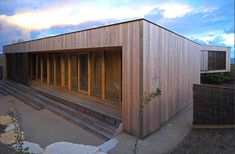 ITN architects place timber beach house in australian seaside - designboom | architecture