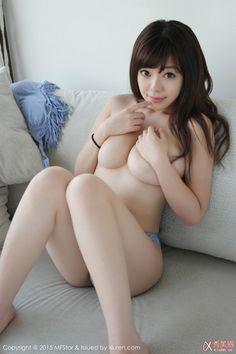 Liu Faye Nude 035