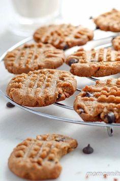 Peanut Butter Chocolate Chip Cookies - Low Carb & Keto - zuckerfreie und gesunde Kekse