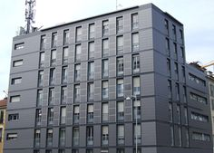 fotovoltaico milano facciata Building Concept, Future City, Solar Energy, Places To Go, Multi Story Building, Office Buildings, Urban, Milano, Architecture