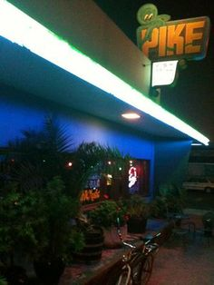 The Pike Bar & Fish Grill - Best Seafood Restaurants Long Beach | Fish & Chips Takeaway  #seafood #restaurants #LongBeach