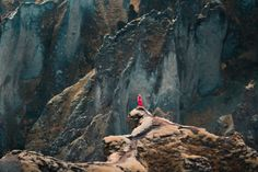 At just self taught photographer Elizabeth Gadd takes some of the most incredible, awe-inspiring landscape and portrait photos we have ever seen. Landscape Photography, Nature Photography, Amazing Photography, Vancouver, Wanderlust, Inspiration, Pictures, Beautiful, Instagram