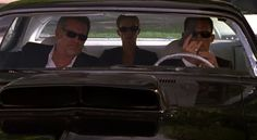 """Burn Notice 2x11 """"Hot Spot"""" - Michael Westen (Jeffrey Donovan), Fiona Glenanne (Gabrielle Anwar) & Sam Axe (Bruce Campbell)"""