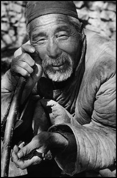Robert Capa - CHINA. Near Taierchwang, Suchow front. April 1938. The Battle of Taierchwang represented Japan's first defeat and created a widespread optimism on the possibility for China of defeating Japan.