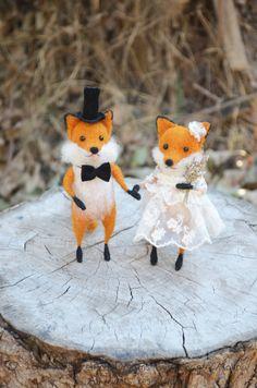 Wedding Fox  Felting Dreams by Johana Molina  by feltingdreams, $250.00 www.feltingdreams.etsy.com #wedding #cake #topper