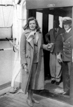 Greta Garbo, 1935.