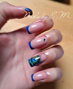 Nail art peacock feather blue french manicure