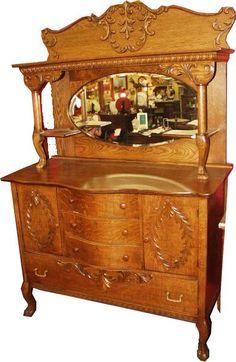 Gorgeous Early American Tiger Oak Sideboard Beautiful