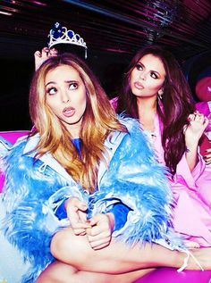 Jade Thrilwall and Jesy Nelson Little Mix Jesy, Little Mix Style, Little Mix Girls, Taylor Swift Hair, Taylor Swift Facts, Little Mix Fifth Harmony, Meninas Do Little Mix, My Girl, Cool Girl