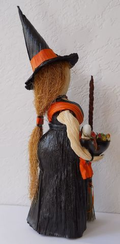 Halloween Witch Corn Husk Art Doll with Ghost by LacyLeafStudio - [Note to self: sent to A. Halloween Doll, Vintage Halloween, Halloween Crafts, Halloween Ideas, Paper Dolls, Art Dolls, Corn Husk Crafts, Shaman Ritual, Corn Husk Dolls