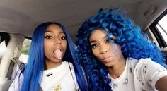 Best Human Hair for Arican American Women!Do you guys like this gorgeous hairstyles? Curly Lace Front Wigs, Lace Wigs, Frontal Hairstyles, Weave Hairstyles, Squad, Curly Hair Styles, Natural Hair Styles, Azul Indigo, Blue Wig