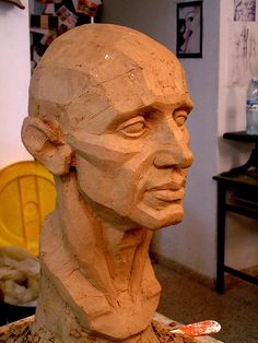 Good Pictures Sculpture Clay head Ideas There are several varieties of clay surfaces useful for sculpture, almost all varying regarding handling plus Sculpture Head, Modern Sculpture, Abstract Sculpture, Wood Sculpture, Planes Of The Face, Anatomy Sculpture, Sculpture Lessons, Portrait Art, Sculpting