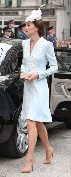 The Duchess of Cambridge arrives at St Paul's Cathedral
