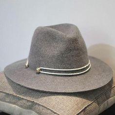 76e9d751ad5a4 Jazz Hard Felt Hats Women Solid Patchwork Wide Large Brim Fedora Hat For  Women Vintage Floppy