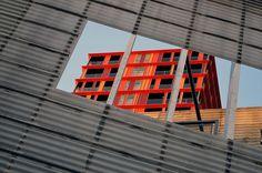 https://flic.kr/p/KfgKU5 | Rotterdam (The Netherlands) - Schouwburgplein - Look through | Pictures by Björn Roose. Rotterdam, The Netherlands, January 2016.