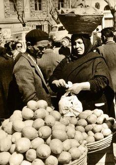 Al mercato - Cagliari / At the marketplace - Cagliari, Italy