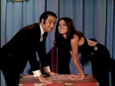 In Season 5 of That Girl, Ann Marie sings with Danny Thomas. Danny Thomas, Marlo Thomas, That Girl Tv Show, Vintage Tv, Vintage Hollywood, Vintage Style, Vintage Television, Daddys Little Girls, Star Pictures