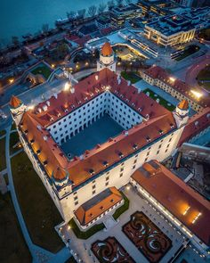 """""""Bratislava now doesn't have anything to prove to anybody,"""" says Vallo. """"The city has a liquid identity that we can shape. Bratislava Slovakia, Blue Hour, Most Beautiful Cities, Amazing Architecture, Hungary, Poland, Nova, Places To Visit, Castle"""