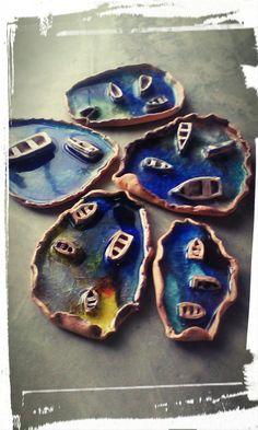 Osis . Vidrio y ceramica , representa el Caribe . Piezas de autor