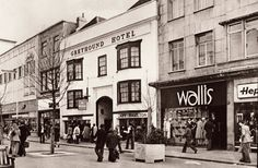 Bristol England, England Uk, High Street Shops, City Of Bristol, Back In The Day, Ancestry, Childhood Memories, Amsterdam, 1960s