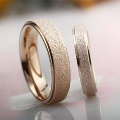 2016 Couple Band Gold Rings Set Stardust Ring Engagement Ring sets Titanium Steel Korean Jewelry Frosted Ring For Women Under $5 Couple Rings Dull Polish Band Rings FOR MEN