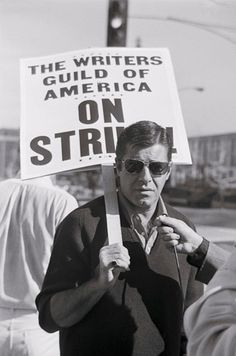 Jerry Lewis walks a picket line at Universal Studios as a member of the Writer's Guild of America This was posted by Tom Sutpen for the series: An Illustrated History of American Labor Jerry Lewis, Classic Hollywood, In Hollywood, Cinema, People Of Interest, Retro Pop, Book Writer, Dean Martin, Child Actors