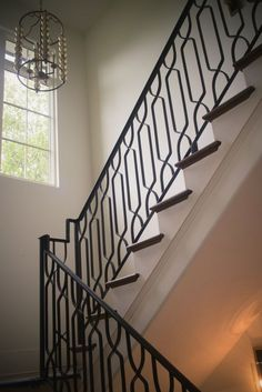 Modern iron staircase railing design: wrought iron stair railings: process and design, new home designs latest: modern homes iron stairs railing, iron stairs design wrought iron stair railing cast iron Wooden Staircase Railing, Indoor Stair Railing, Stair Railing Kits, Wrought Iron Handrail, Modern Stair Railing, Wrought Iron Stair Railing, Stair Railing Design, Modern Stairs, Iron Railings