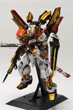 GUNDAM GUY: PG 1/60 Gundam Astray Red Frame - Customized Build