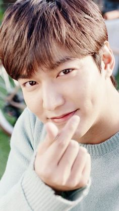 Lee Min Ho ❤ for innisfree Lee Min Ho für innisfree City Hunter, Jung So Min, Boys Over Flowers, Asian Actors, Korean Actors, Lee Min Ho Pics, Entertainment System, Jun Matsumoto, Legend Of Blue Sea