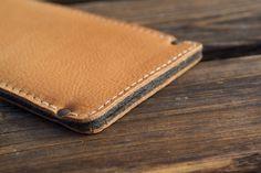 Bio Leder Tasche für iPhone 6 |Plus - TURNVATER von filzstueck auf DaWanda.com