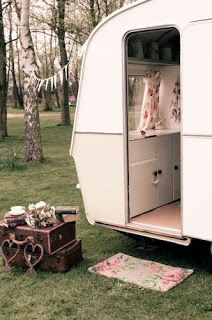 After much debating, we have decided to sell little Lola the caravan so that we can put the funds into our new larger Carlight Caravan fo...