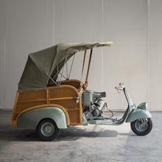 PIAGGIO, Calessino | Wright20.com Pretty Cars, Cute Cars, Vespa 150 Sprint, Velo Cargo, Piaggio Ape, Vespa Scooters, Tricycle, Amazing Cars, Motorbikes