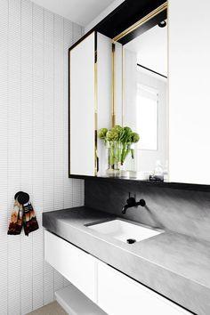 Bathroom Goals // East Melbourne residence by Flack Studio Bad Inspiration, Bathroom Inspiration, Bathroom Ideas, Bathroom Goals, Bathroom Designs, Interior Inspiration, Flack Studio, Bathroom Toilets, Washroom