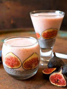 Centrifugato energizzante fichi e frutto della passione: un vero cocktail di energie per la stagione estiva, quando sono disponibili i frutti del fico.
