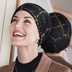 59 € - Le bonnet bambou Duo Calèche se compose d'un bonnet bambou et d'un bandeau séparé. - Motifs discrets  un accessoire qui apporte une jolie touche féminine à votre coiffure
