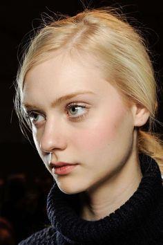 Nastya Kusakina Blonde Beauty, Blonde Hair, Hair Beauty, Girl Face, Woman Face, Nastya Kusakina, Face Photography, Beautiful Figure, Blonde Women