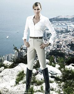 everything about this look i love most important the Jumping Hermes Boots!