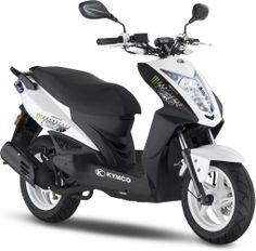L'Agility Naked Renouvo, sorti en 2011, est lui aussi de la partie côté 50cc ! Scooter 50cc, 50cc Moped, Grand Prix, Monster Energy, Triumph Motorcycles, Vespa Vintage, Scooters, Ducati, Chopper
