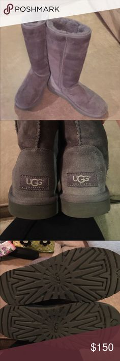 Authentic Gray UGG Tall Boots OPEN TO TRADES 🎉🌟Like new EXCELLENT condition. No stains, never in snow or water. Any dark you see is the suede shadows or just suede grain.  The soles are perfect as is the inner wool. Boots Comes with box. Wore these maybe 3 times...they are just to short for me. Size 6, which is a size 7 for most. Feel free to make a REASONABLE Offer. Thank you. UGG Shoes Winter & Rain Boots