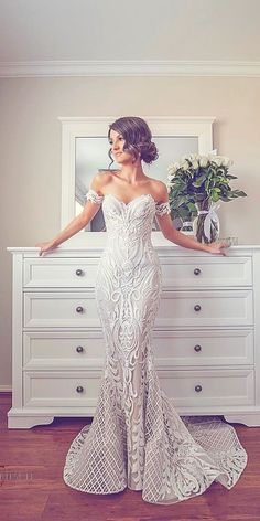 Wonderful Perfect Wedding Dress For The Bride Ideas. Ineffable Perfect Wedding Dress For The Bride Ideas. Stunning Wedding Dresses, Dream Wedding Dresses, Bridal Dresses, Beautiful Dresses, Gatsby Wedding Dress, Beaded Wedding Dresses, Tight Wedding Dresses, Spanish Lace Wedding Dress, Beach Wedding Gowns