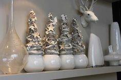 4 witte boompjes