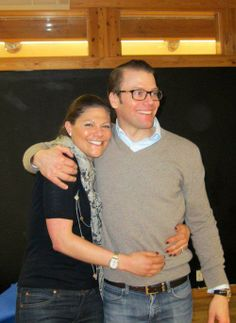"""howictheroyals: """" royalrumormonger: """" Crown Princess Victoria of Sweden hugging her husband, Prince Daniel. """" It looks like Daniel and Harry have the same taste in sweaters. Queen Victoria Prince Albert, Princess Victoria Of Sweden, Princess Estelle, Crown Princess Victoria, Prince And Princess, Casa Real, Sweden Fashion, Royal Families Of Europe, Swedish Royalty"""